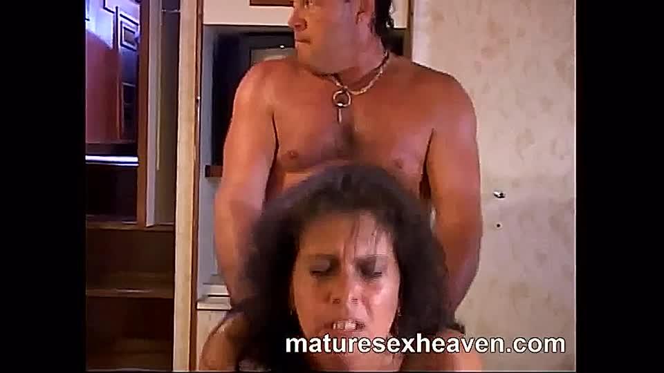 Nackt gefilmt omas Oma Und